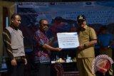 CIMB Niaga Syariah Bantu Korban Banjir Solok Selatan