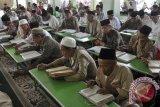 Khataman Al Quran 300.000 kali dilakukan serentak se-Indonesia