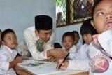 Gubernur NTB Kunjungi Anak Berkebutuhan Khusus