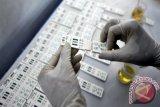 Dokter ambil sampel darah dan urine Sandiaga Uno