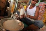 Harga gula pasir di Kudus melejit hingg Rp14.500/kg
