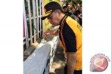 Kapolda Sulsel cat masjid di Makassar