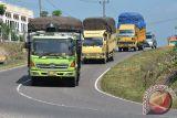 Jelang Natal, angkutan barang dialihkan ke Pantura