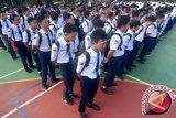 Tidak Ada Unsur Perploncoan, Sekolah Diminta Awasi MOS