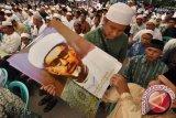 Sekitar 30 Ribu Umat Hadiri Haul Habib SIS Aljufri Pendiri Alkhairaat