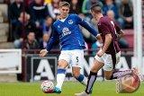 Manchester City Rekrut Bek Inggris Stones dari Everton
