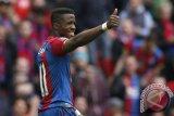 Palace Perpanjang Kontrak Striker Zaha Hingga 2022