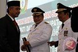 Gubernur Sultra Lantik Bupati/Wabup Muna Rusman-Malik