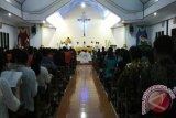 Misa Novena IYD kesembilan Kevikepan Tombulu di Tanawangko