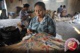 Menaker: Industri batik serap ratusan ribu naker