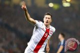 'Hattrick' Lewandowski Bawa Polandia Tundukkan Denmark