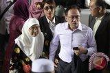 Sidang Kasasi Anwar Ibrahim Diwarnai Unjuk Rasa