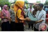 Kementerian PDTT serahkan bantuan alat peraga PAUD