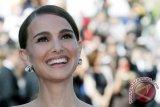 Natalie Portman Dianggap Calon Peraih Oscar Karena Perankan Jackie Kennedy