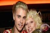 Wow! Justin Bieber Borong MTV Europe Music Awards 2016