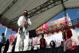 Edo Kondologit meriahkan aksi Nusantara Bersatu di Jayapura