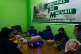DDS Luncurkan Komunitas Ibu Menjahit