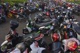 Maraknya keluhan pelanggaran tarif parkir jelang Lebaran