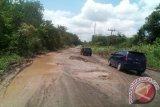 Jalan lintas nasional Aceh-Sumut  lumpuh total