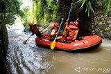 Penyisiran Korban Hanyut di Sungai Sono Dihentikan