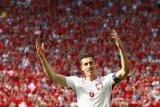 Polandia puncaki klasemen Grup setelah kalahkan Montenegro
