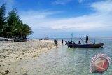Kota Bengkulu terima bantuan kapal wisata Pulau Tikus