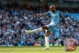 Fabian Delph resmi gabung Everton