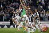 Juventus habisi Barcelona 3-0, Dybala cetak dua gol