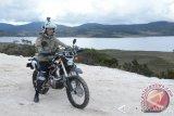 Jokowi tunggangi trail jajal sulitnya medan Trans Papua