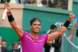 Nadal kalahkan tsitsipas menangi  final Barcelona