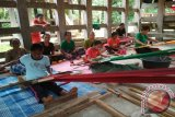 Pemkab Toraja Utara Bentuk Kampung Pertenunan