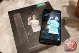 Wow! Setelah Raisa, Oppo Kembali Luncurkan F3 Edisi Reza Rahadian