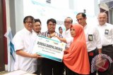 PLN Suluttenggo-UIP Sulbagut Bagikan 500 Paket Sembako