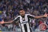 Juventus konfirmasikan pindahnya Alves