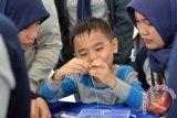 Ini Cara Membedakan Anak Telat Bicara Dengan Gejala Autisme