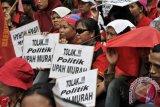 Ketika Buruh Menolak Rencana Penurunan Penghasil Tidak Kenak Pajak