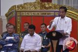 Jokowi Ingatkan Para Menteri Hati-Hati Keluarkan Peraturan Menteri