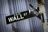Saham-saham Wall Street ditutup lebih rendah di tengah data ekonomi beragam