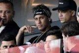 Neymar Menonton Saat PSG Tundukkan Amiens