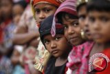 Umat Budha Di Palu Sumbang Untuk Rohingya