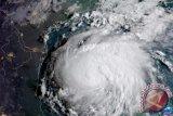 Topan Tropis Erick diduga menjadi badai dalam perjalanan menuju Hawaii