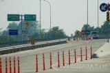 Mulai tanggal 13-25 September 2017, ruas tol Jombang-Mojokerto seksi 2 sepanjang 19,9 Km membentang antara Desa Kedunglosari-Tembelang-Jombang hingga Desa Pageruyung-Gedeg-Kabupaten Mojokerto, akan diuji coba. Pengguna jalan tol tidak dikenakan biaya alias gratis selama uji coba seksi 2.Antara Jatim/Syaiful Arif/17