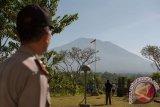 Jika Gunung Agung Meletus: TNI dan Polisi Siap Bantu Evakuasi Warga