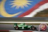 Pendapatan Petronas naik