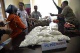 Polsi Gerebek Gudang Diduga Tempat Penyimpanan Pembuat Pil PCC