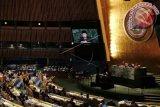 Wakil Presiden RI M. Jusuf Kalla mewakili Indonesia saat menyampaikan pidato pada sesi Debat Umum Sidang Majelis Umum PBB ke-72 di New York, Amerika Serikat, Kamis (21/9/17). Beberapa isu yang menjadi perhatian Indonesia pada Sidang Majelis Umum PBB tahun ini antara lain mengenai perdamaian dan keamanan internasional, pembangunan berkelanjutan, kemajuan HAM dan reformasi PBB. (ANTARA FOTO/Aditya Wicaksono).