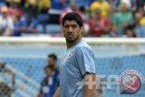 Penyerang Uruguay Luis Suarez sanjung skuat muda Jepang