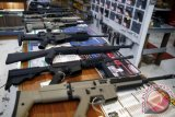 Bea Cukai temukan senjata api dengan lima butir peluru dikirim dari Shanghai China