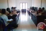 Pansus DPRD-Pemkot Manado Bahas Raperda Retribusi Perpanjangan IMTA