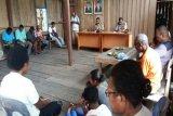 Kapolsek Bonggo sosialisasi Kampung ATM di Taronta Sarmi